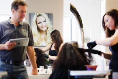 Haarschnitt im Haarwerk Bairhuber - Ihrem Friseur in Micheldorf - Kirchdorf