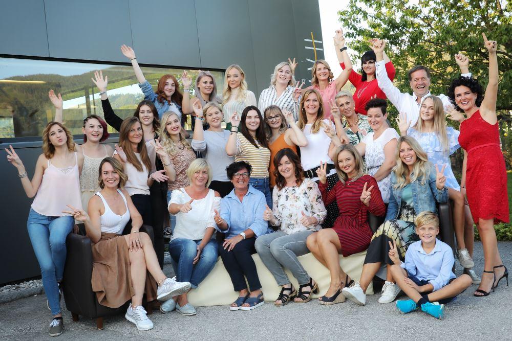 Team Haarwerk Bairhuber - Ihr Frisör in Micheldorf
